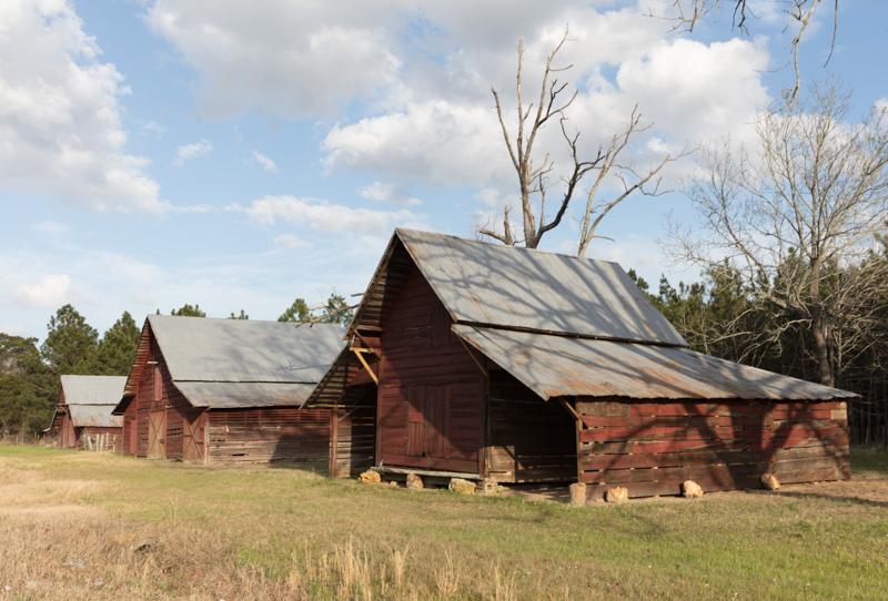 vintage-barns-near-cary-georgia.jpg