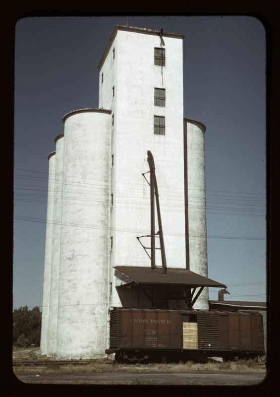 grain-elevator-caldwell-idaho.jpg