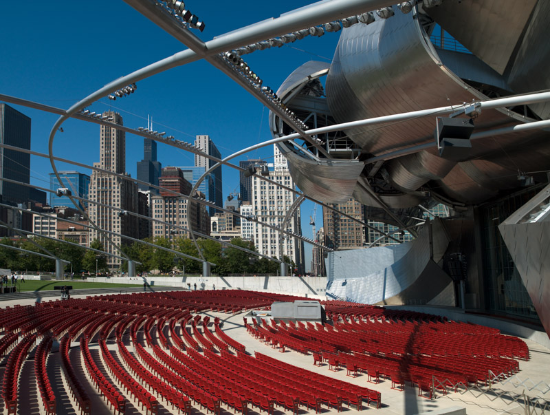 Jay-Pritzker-Pavillion-by-Frank-Gehry-in-Grant-Park.jpg