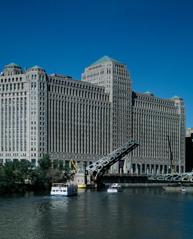 chicago-merchandise-mart-chicago-illinois.jpg