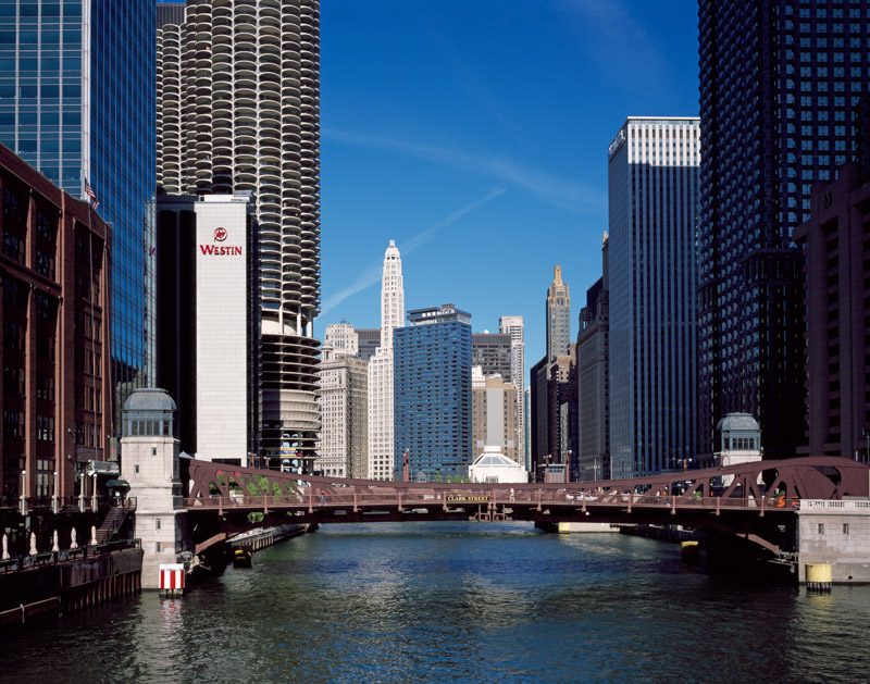 chicago-river-view-of-downtown-chicago-illinois.jpg
