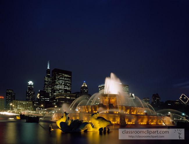 fountain_night_chicago_illinois.jpg