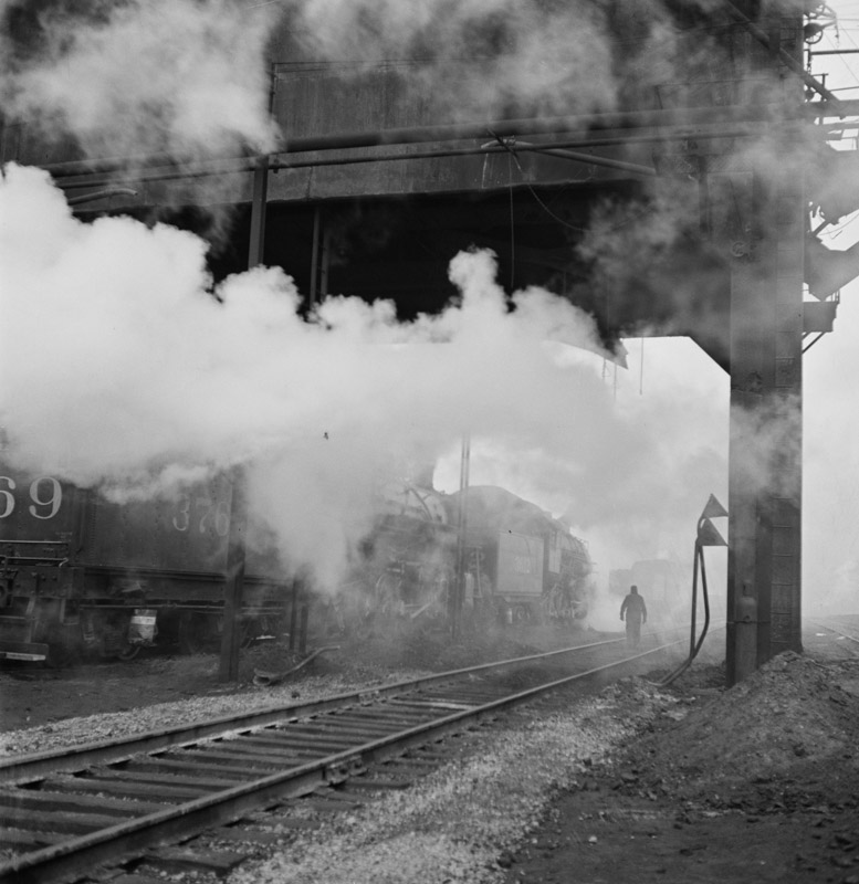 locomotives-loading-up-with-coal-water-and-sand-at-an-illinois-central-railroad-yard-1946.jpg