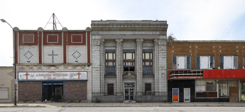 block-in-the-economically-distressed-gary-indiana.jpg