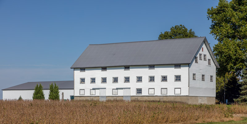 large-and-stately-barn-in-carroll-county-indiana.jpg