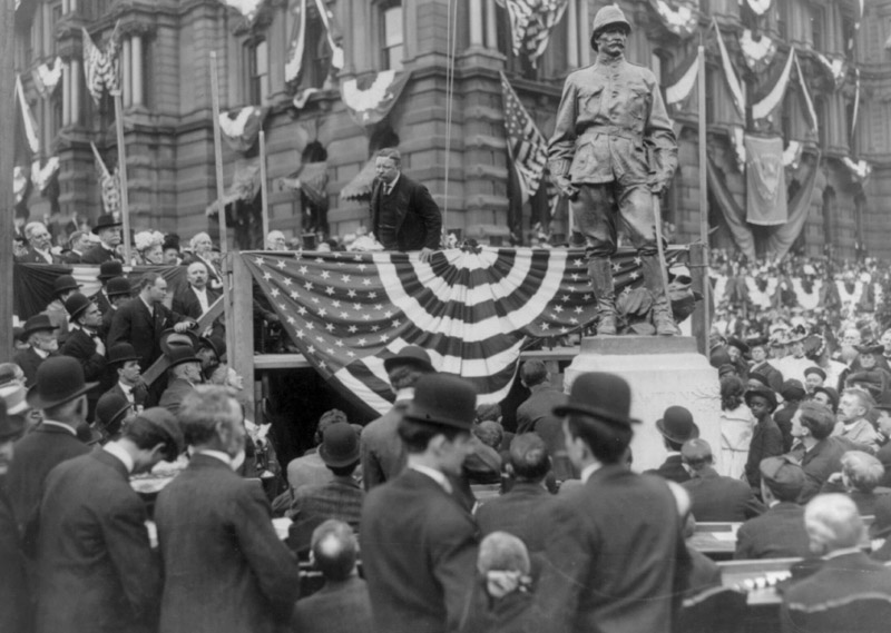 president-roosevelt-speaking-in-indianapolis-indiana-1907.jpg