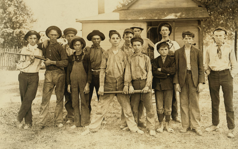 the-ball-team.-composed-mainly-of-glass-workers.-indiana.-aug.-1908.jpg