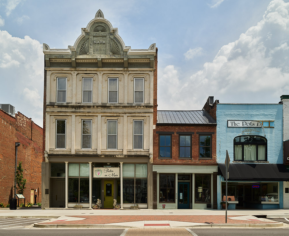 dowtown-block-on-fountain-square-in-bowling-green-kentucky.jpg