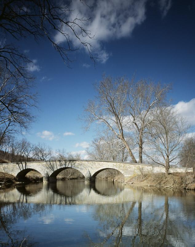 photo-antietam-battlefields-burnsides-bridge-near-sharpsburg-maryland.jpg