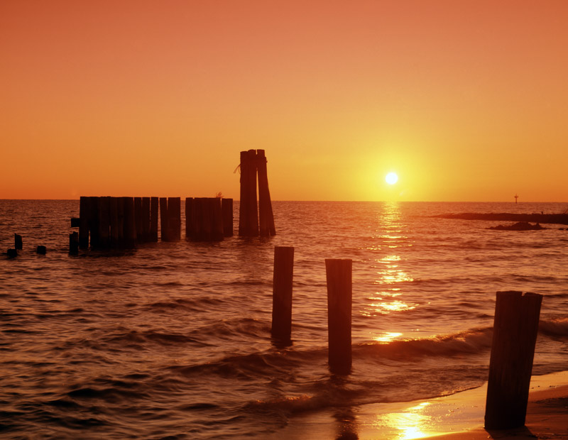 photo-chesapeake-bay-at-sunset-maryland.jpg