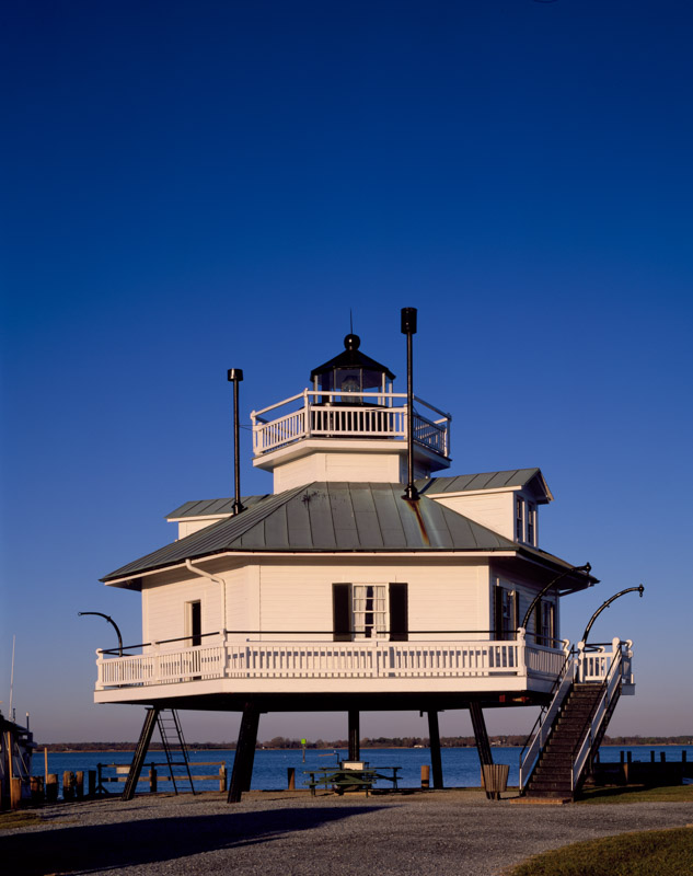 photo-hooper-strait-lighthouse-st-michaels-maryland.jpg