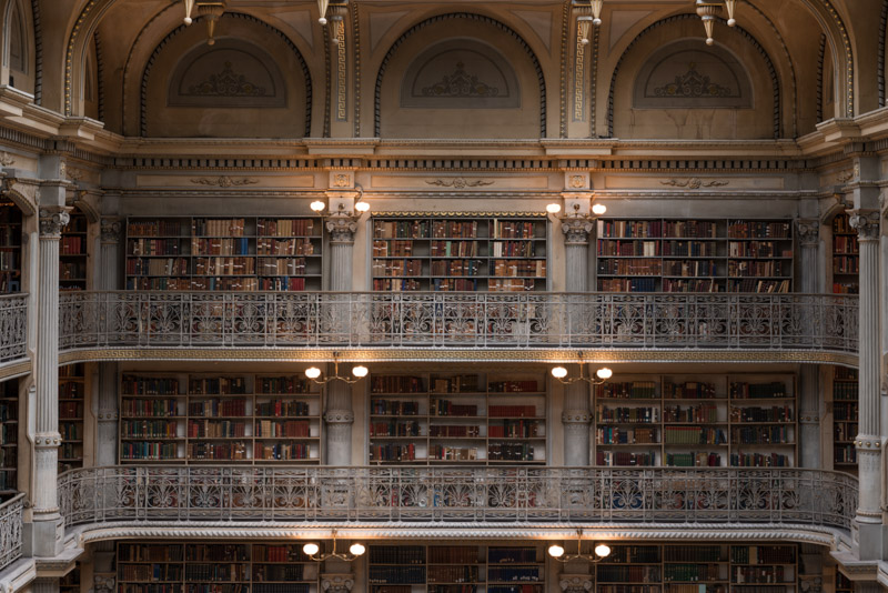 photo-interior-george-peabody-library-maryland.jpg