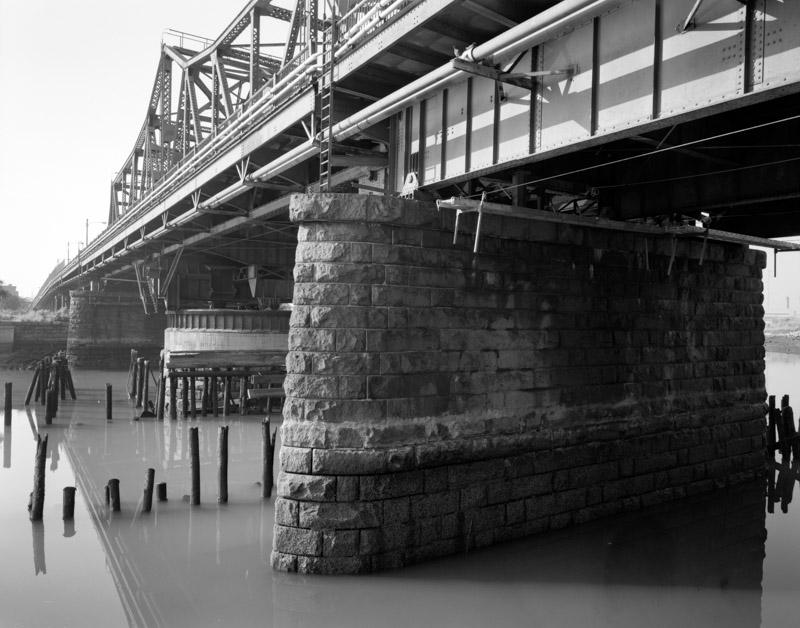 broadway-bridge.jpg