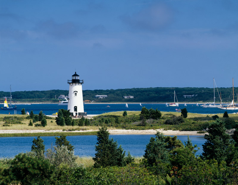 edgartown-light-station-marthas-vineyard-massachusetts.jpg