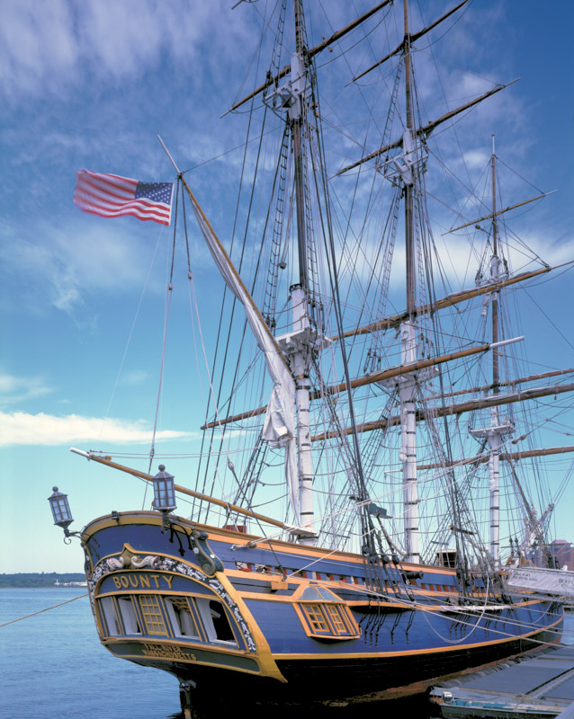 hms-bounty-fall-river-massachusetts.jpg