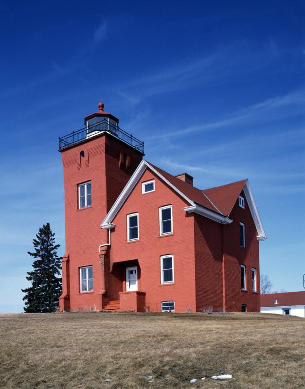 agate-bay-lighthouse-two-harbors-minnesota.jpg