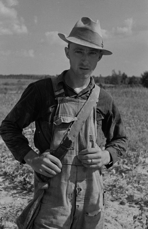 cotton-picker-lauderdale-county-mississippi-2.jpg