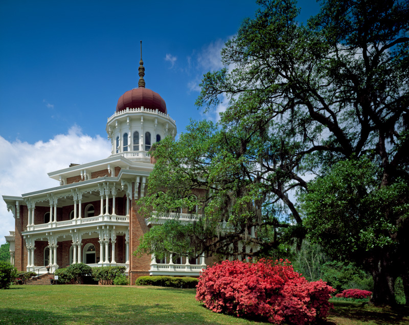 longwood-house-located-at-140-lower-woodville-road-in-natchez-mississippi.jpg