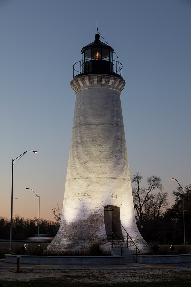 mississippi-round-island-lighthouse-stood-from-1859-to-1998.jpg