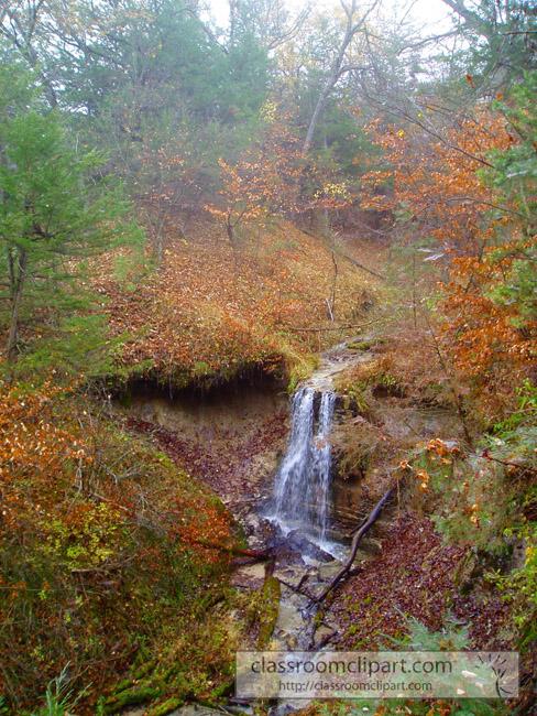 water_falls_fall_foliage.jpg