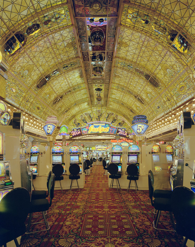 casino-interior-las-vegas-nevada.jpg