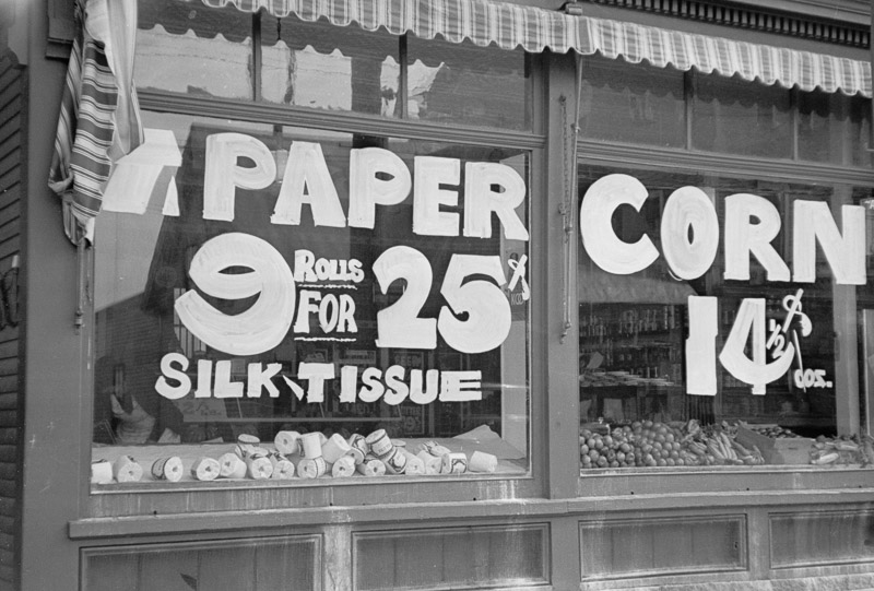 photo-grocery-store-window-manchester-new-hampshire-1936.jpg