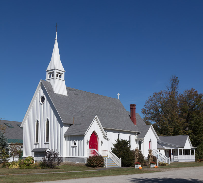 photo-st-pauls-episcopal-church-in-lancaster-new-hampshire.-built-in-1876.jpg