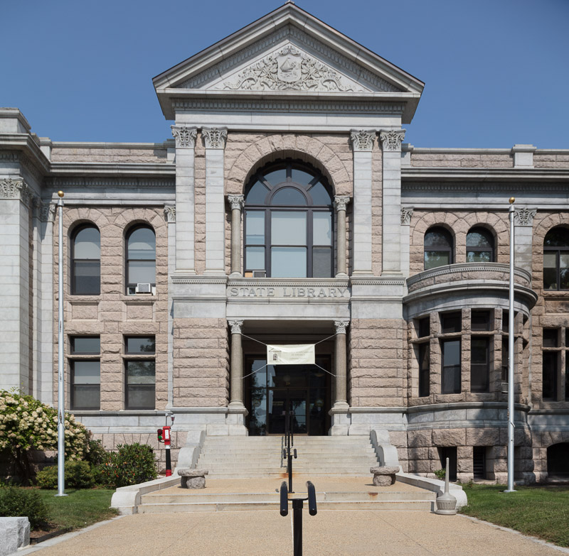 photo-state-library-building-in-concord-new-hampshire.jpg