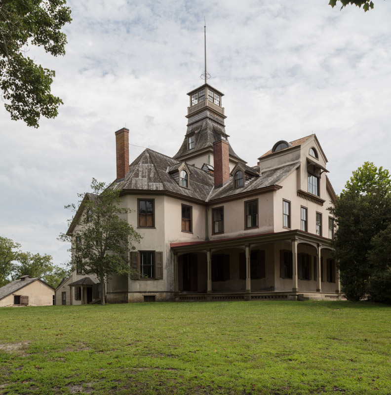 photo-batsto-mansion-in-the-historic-village-of-batsto-new-jersey.jpg
