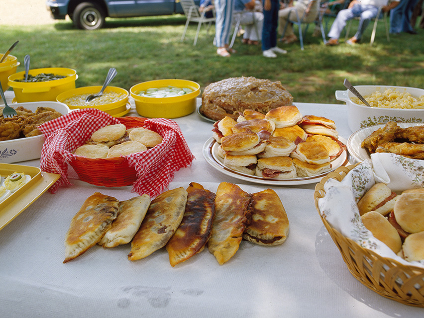 fried-pies-a-southern-culinary-tradition-in-north-carolina.jpg