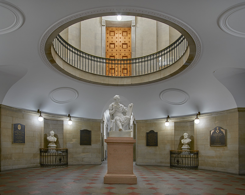 statue-of-george-washington-in-a-toga-in-the-north-carolina-capitol-in-raleigh.jpg