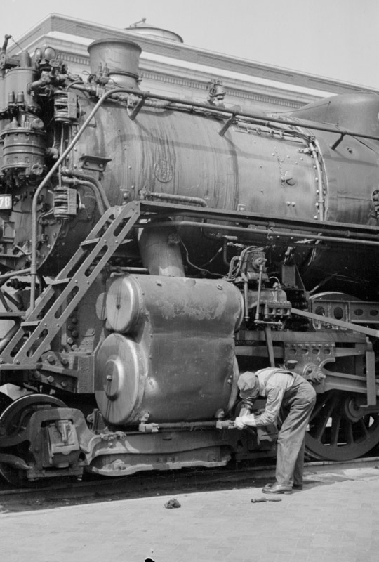 locomotive-engineer-fargo-north-dakota.jpg