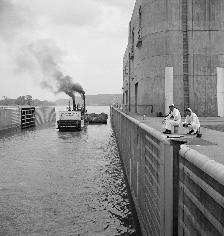 gallipolis-ohio-katherine-davis-going-down-the-ohio-river-through-the-gallipolis-locks.jpg