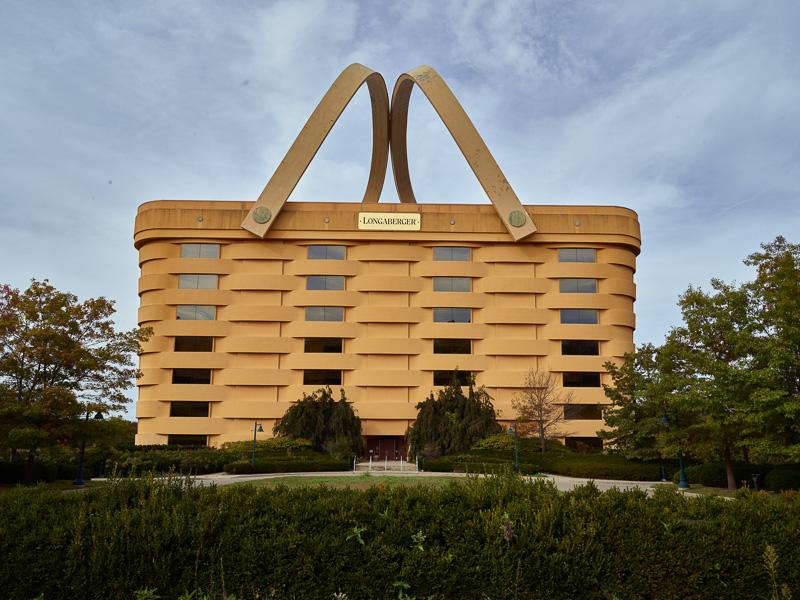 ohio-famous-big-basket-building-in-newark.jpg