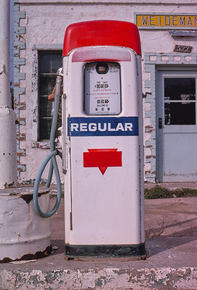 conoco-gas-pump-route-64-buffalo-oklahoma.jpg