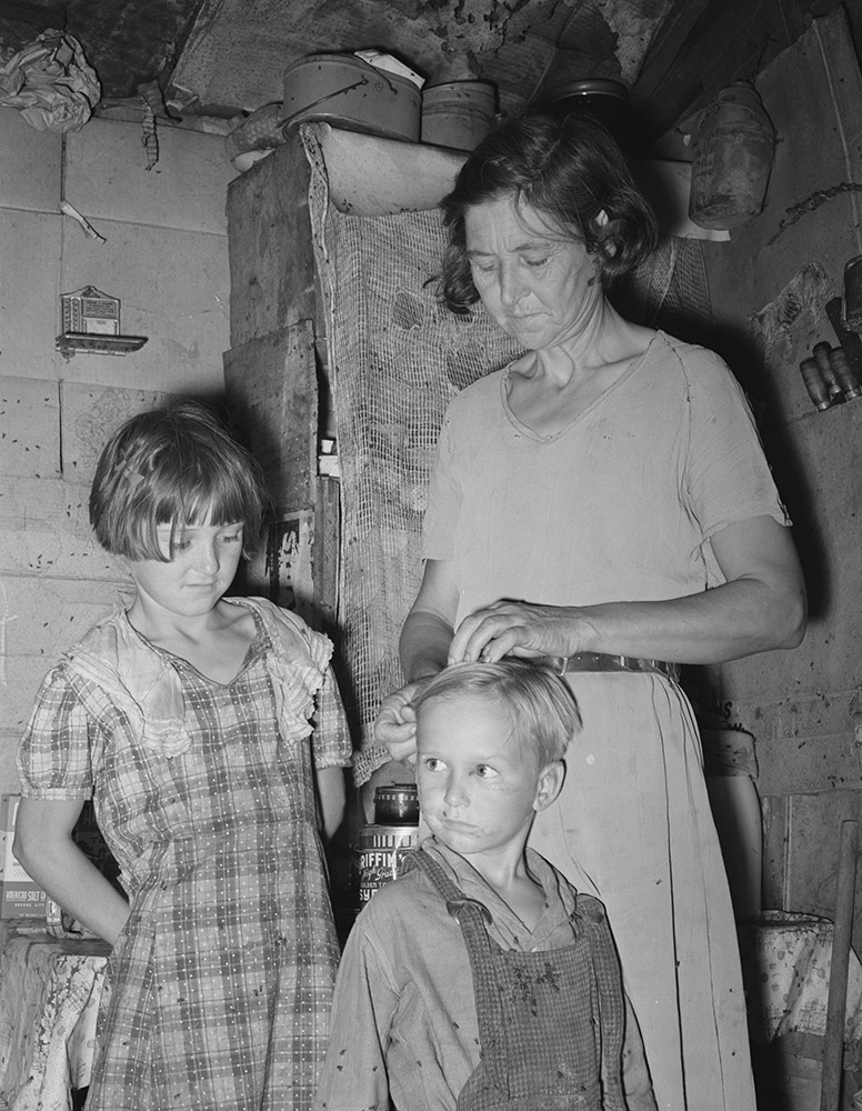 woman-in-shack-home-in-community-camp.-oklahoma-city-oklahoma-1939.jpg