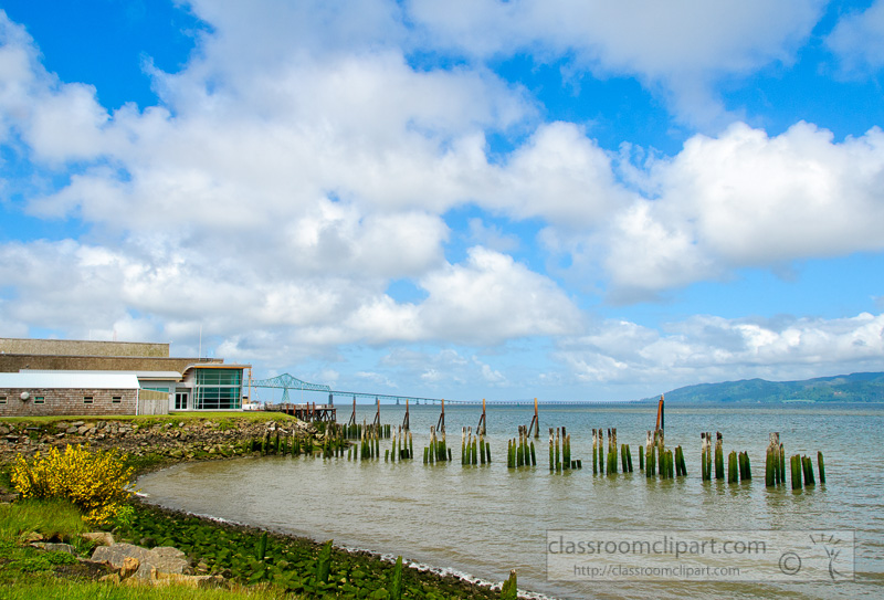 astoria-megler-bridge-over-columbia-river-oregon-photo-346E2.jpg