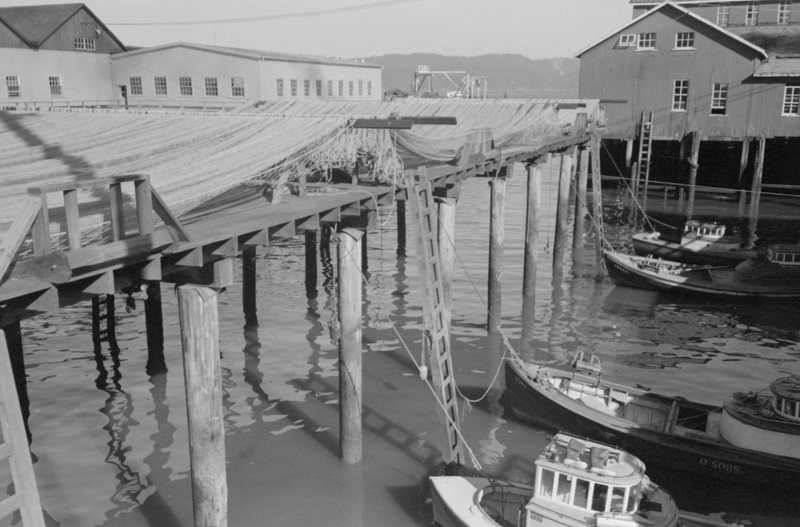 fishing-boats-with-nets-astoria-oregon-historic-photo.jpg