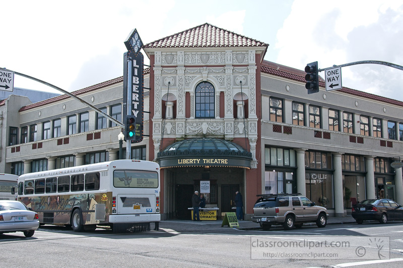 liberty-theatre-astoria-oregon-photo-312cc.jpg