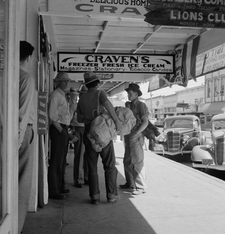 oregon-employment-center-office-1939-historic-photo.jpg