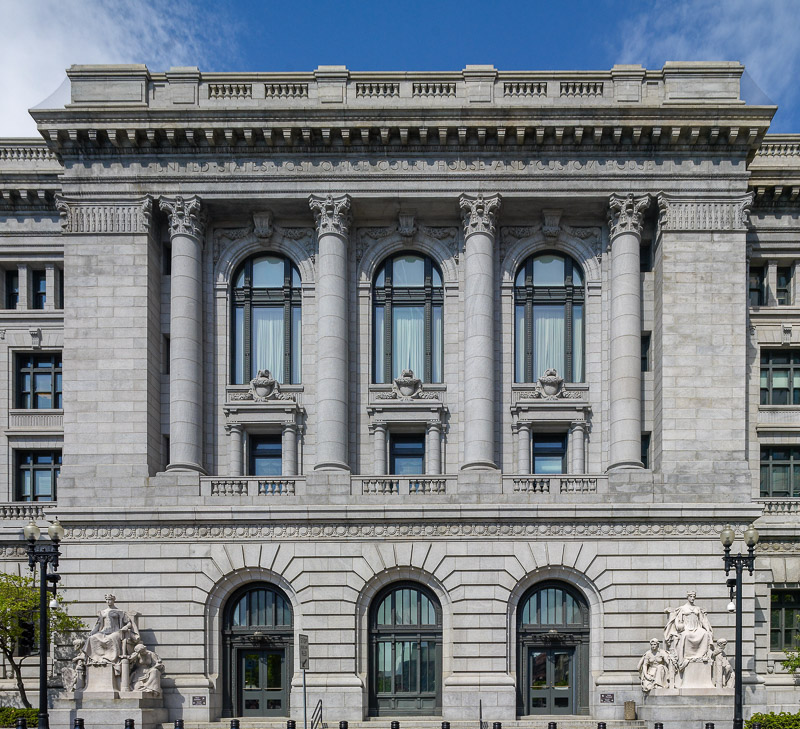 photo-pastore-federal-building-in-providence-rhode-island.jpg