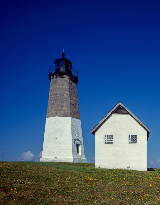 photo-point-judith-light-rhode-island.jpg