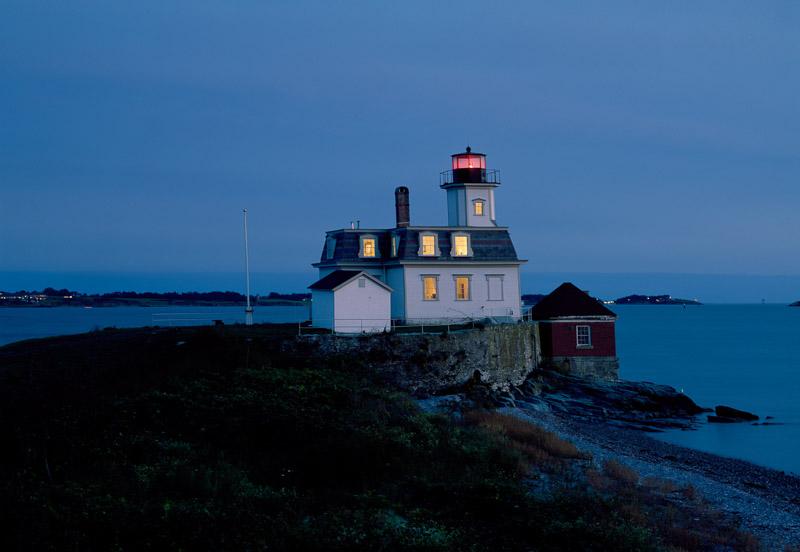 photo-rose-island-lighthouse-newport-rhode-island.jpg