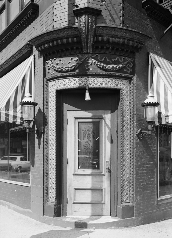 Building-on-Second-Avenue-North-between-Broadway-Church-Streets-Nashville-Tennessee-historic-photo-2.jpg