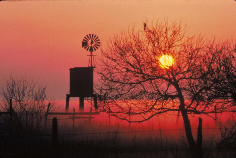 photo-bright-red-sunrise-texas.jpg