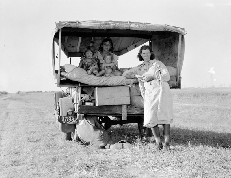 photo-family-between-dallas-and-austin-texas-1936.jpg
