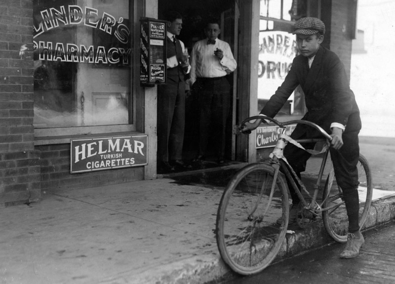 photo-fifteen-year-old-delivery-boy-for-linders-drug-store.jpg
