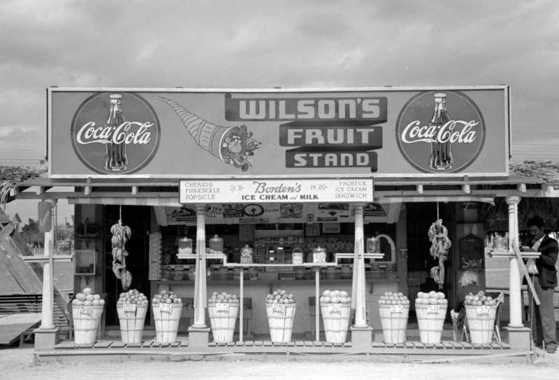 photo-fruit-stand-robstown-texas.jpg