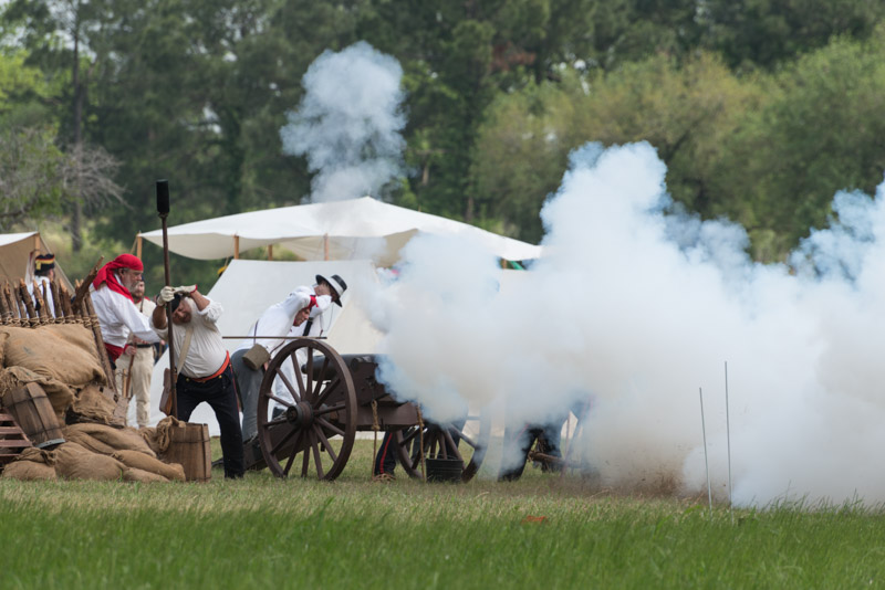 photo-mexican-artillery-goes-into-action-at-the-annual-battle-of-san-jacinto-festival-and-battle-reenactment.jpg