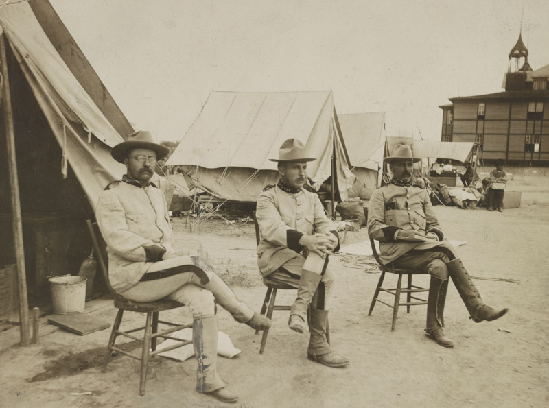 photo-theodore-roosevelt-leonardwood-alexander-brodiein-1898-in-sanantonio-texas.jpg